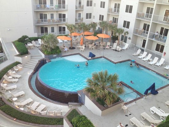 Holiday Inn Club Vacations Galveston Beach Resort: View from our room balcony