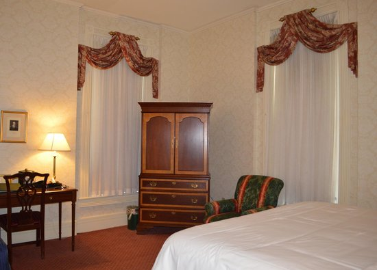 Our corner room at the General Morgan Inn.