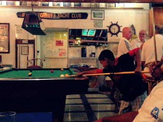 Puerto Galera Yacht Club: My step kids had fun shooting pool here with Jojo!