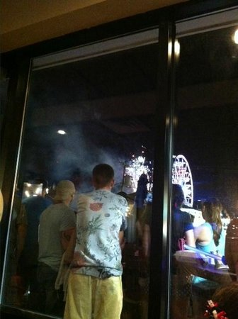 Myst Oceanside Restaurant & Lounge: View of the fireworks from our table
