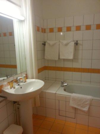 Hotel Soleil Terminus: Bathroom
