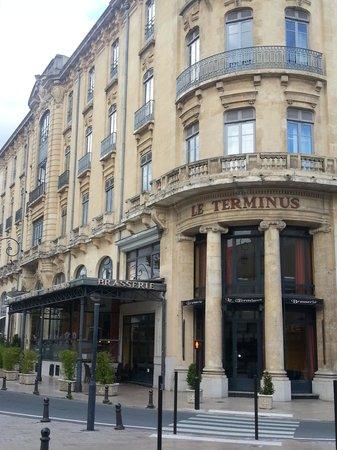 Hotel Soleil Terminus: Exterior of hotel