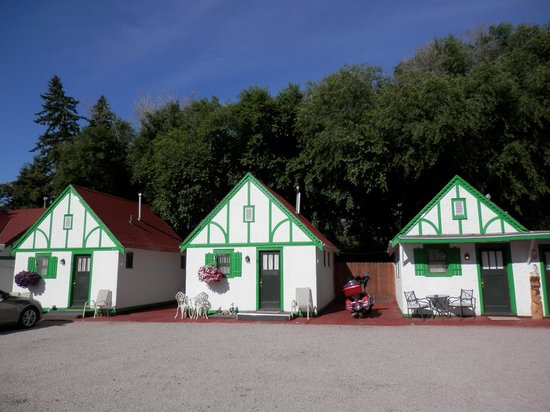 Chalet motel reviews custer sd tripadvisor for Cabins near custer sd