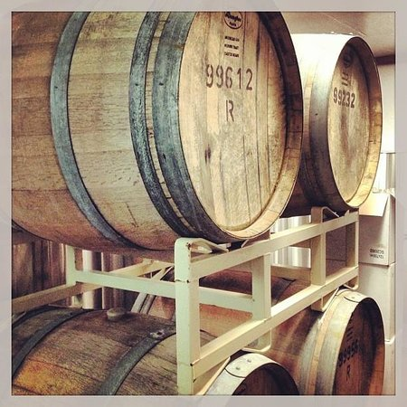 Blue Moon Winery: Barrels