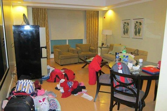 Somerset Millennium Makati : huge apartment unit