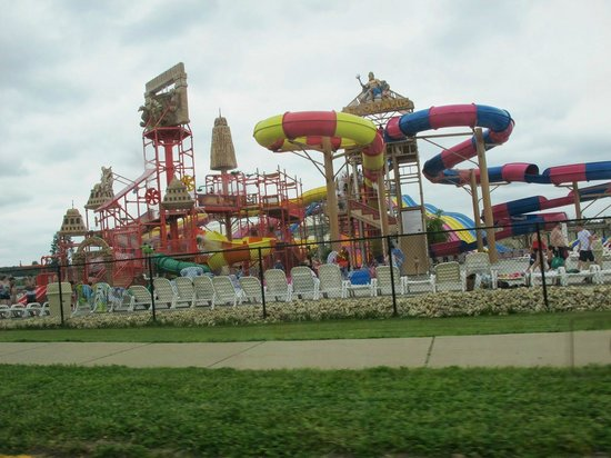 Mt. Olympus Water & Theme Park: Outdoor park