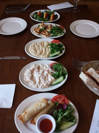 Selale Restaurant: Starters / Meze - truly amazing such wonderful flavours