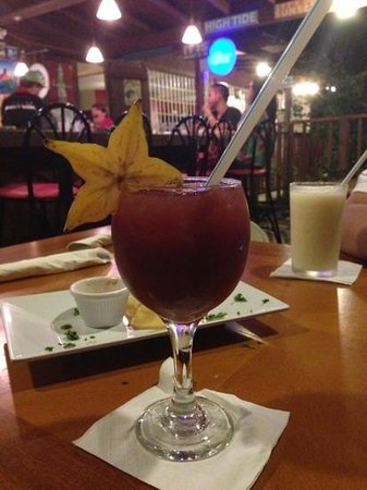 Red Flamboyan Restaurant: Sangria!