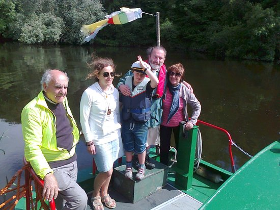 Larry's Barge - Day Tours: Our friends on a day out on Larrys barge, River Barrow, Co. Carlow