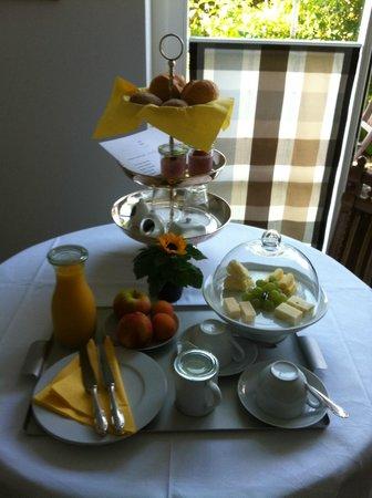 Bed & Breakfast Gätzibrunnen: Frühstück