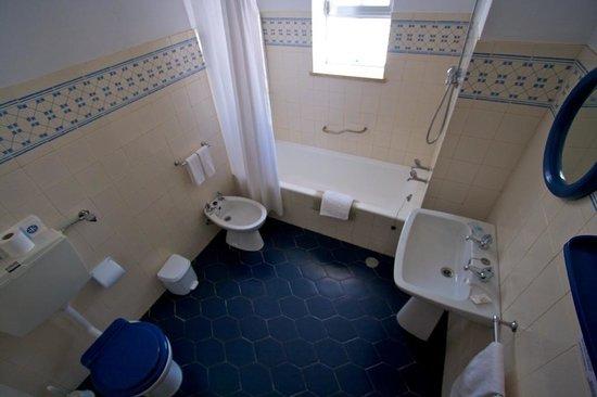 Apartamentos Turisticos Marsol: Bathroom