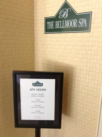 The Bellmoor Inn and Spa: The Belmoor Spa Entrance by Roof Pool