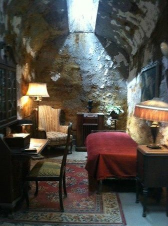 Eastern State Penitentiary: Al Capone's cell