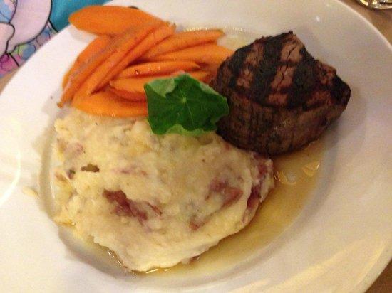 Gibbet Hill Grill: Filet mignon