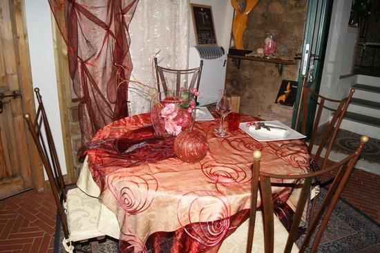 Ristorante dal Cacini: Tavolo nella seconda saletta