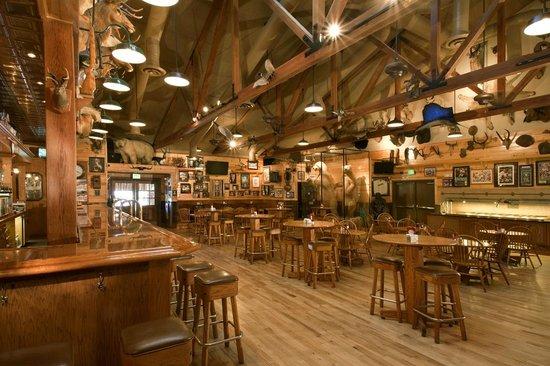 جرانزيلاز إن: Granzella's Restaurant, Deli and Lounge