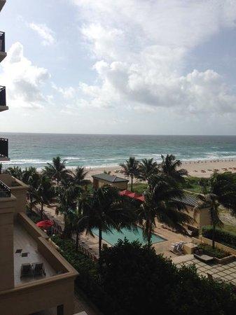 Palm Beach Marriott Singer Island Beach Resort & Spa: Room's View