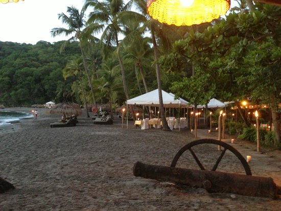 Jade Mountain Resort: beach dinner at Aspara