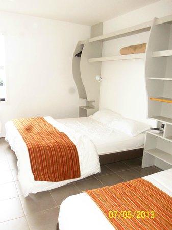 P'tit Dej-HOTEL Ile de Re : LA CHAMBRE