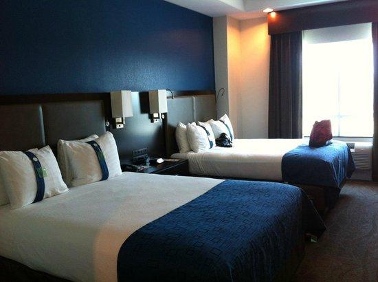 Holiday Inn Kemah (near boardwalk): Room