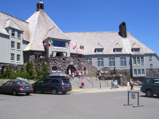 Whispering Woods Resort: Mt. Hood - Historic Timberline Lodge