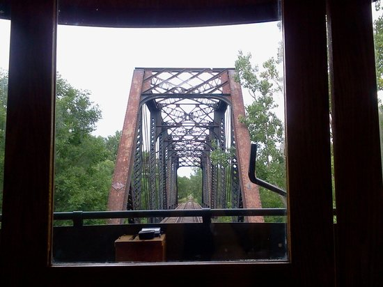 Fort Lincoln Trolley: Approaching a bridge