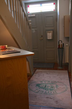 Hotell Oskar: Entrance hallway