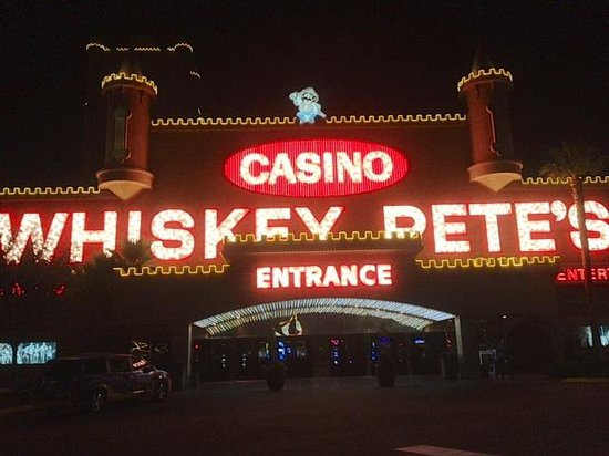 Whiskey Pete's Hotel & Casino: Whiskey Pete's - an oasis after a long drive