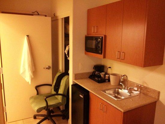Fairfield Inn & Suites Fairfield Napa Valley Area: Kitchen