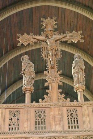 St. David's Cathedral: Crucifix with  quatrefoils'
