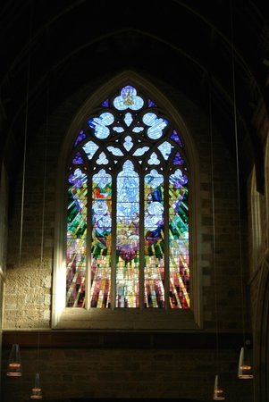 St. David's Cathedral: Delicate and stunning