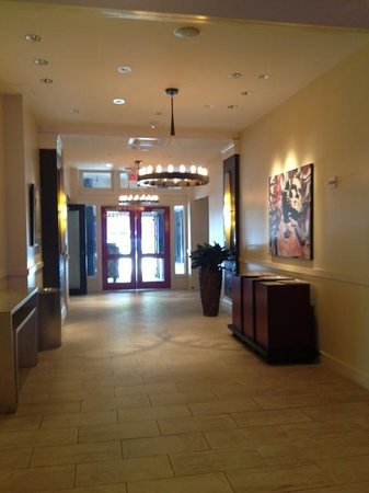 The Sam Houston, Curio Collection by Hilton: Foyer