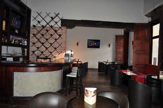 Plaza Magnolias Hotel : Bar
