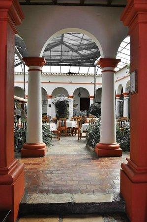 Plaza Magnolias Hotel : Vista del Restaurant