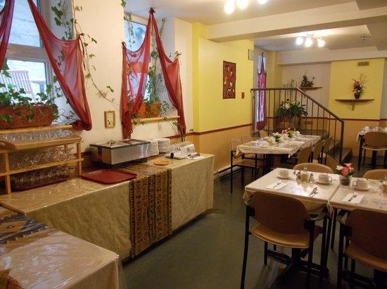 L'Autre Jardin: salle a manger