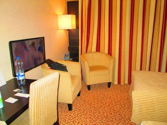 Qubus Hotel Krakow: room