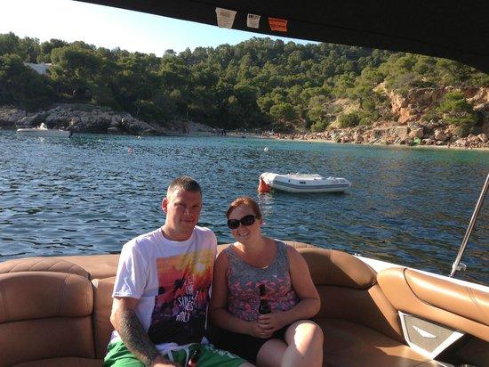 Mamboats Charters Ibiza: Chilling at Cala Salada