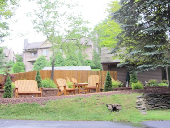 Chetola Resort at Blowing Rock: fire pit area