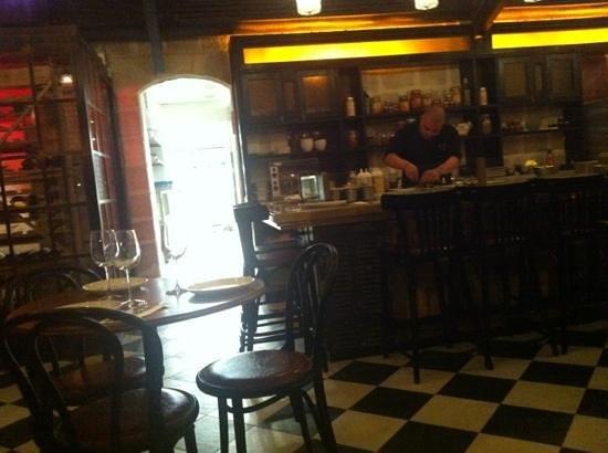 Touro: restaurant