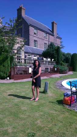 Peterstone Court Hotel: A view from the garden