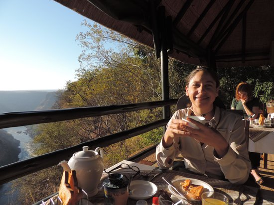 Gorges and Little Gorges Lodge: Breakfast