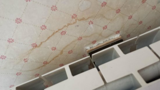 The Invercauld Arms Hotel: stained and dirty
