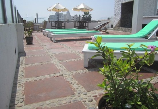 terraza-hostal el ancla