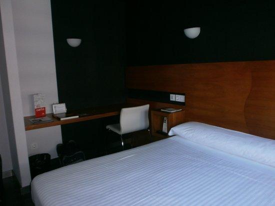 Exe Hotel El Magistral : Habitación doble (cama de matrimonio)