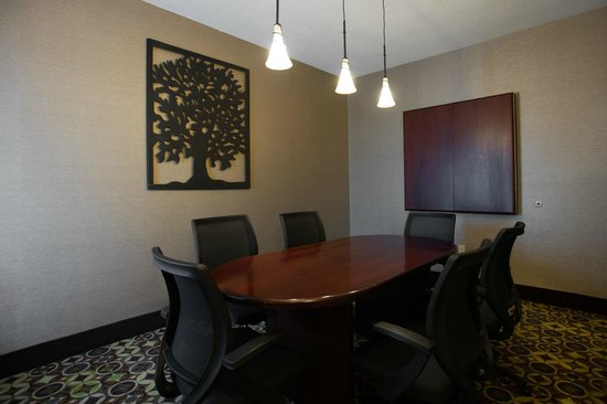 Holiday Inn Express Hotel & Suites Topeka West I70 & Wanamaker: Board Room