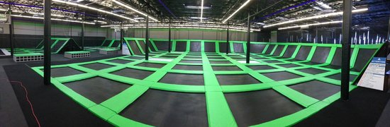 ‪Flight Deck Trampoline Park‬