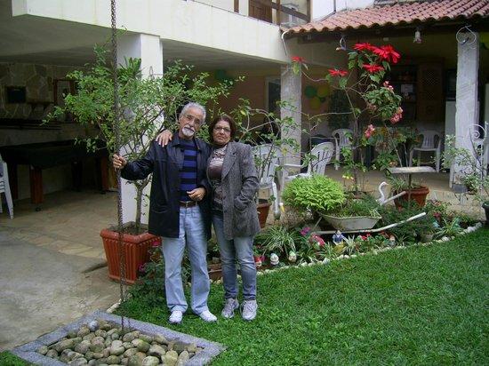 Pousada Da Nina: Área do jardim