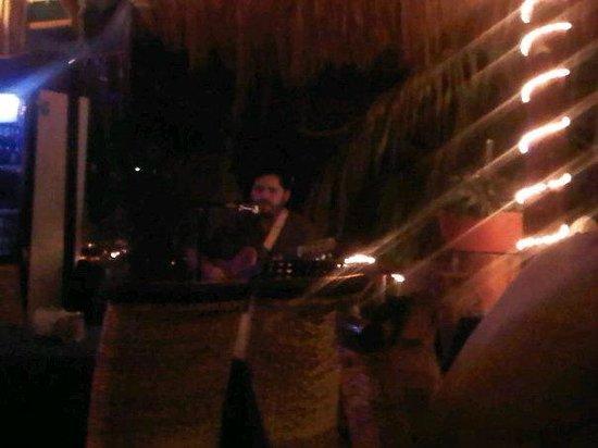 Blue Angel Resort: Our nightly serenade by  Salvador Formento