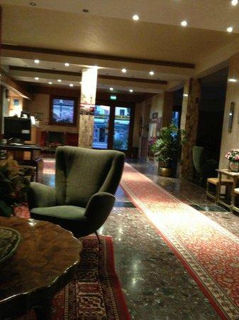 Hotel Helvetia: The Lobby