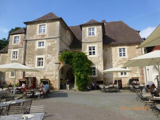 Wasserschloss Mellenthin: Schloss Mellenthin